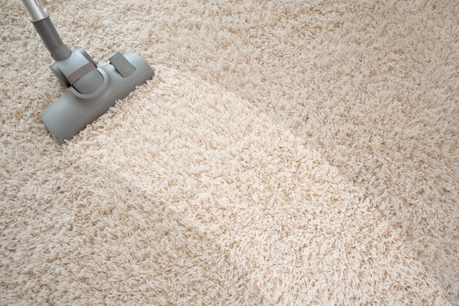 Como lavar tapete felpudo?